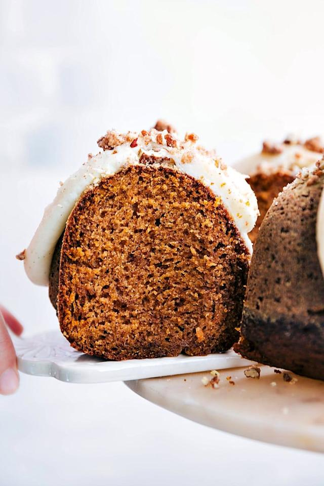 "<p>You can make this recipe your own by topping it with different frostings. Although this blogger prefers cream cheese, she notes a milk chocolate or a brown butter flavored frosting would also be delicious.</p><p><strong>Get the recipe at <a href=""https://www.chelseasmessyapron.com/best-pumpkin-cake/"" target=""_blank"">Chelsea's Messy Apron</a>.</strong></p><p><strong><a class=""body-btn-link"" href=""https://go.redirectingat.com?id=74968X1596630&url=https%3A%2F%2Fwww.walmart.com%2Fip%2FNordic-Ware-Pro-Form-Bakeware-Nonstick-Heavyweight-Aluminum-Bundt-Pan%2F17430026&sref=http%3A%2F%2Fwww.countryliving.com%2Ffood-drinks%2Fg4716%2Fthanksgiving-cakes%2F"" target=""_blank"">SHOP BUNDT PANS</a><br></strong></p>"
