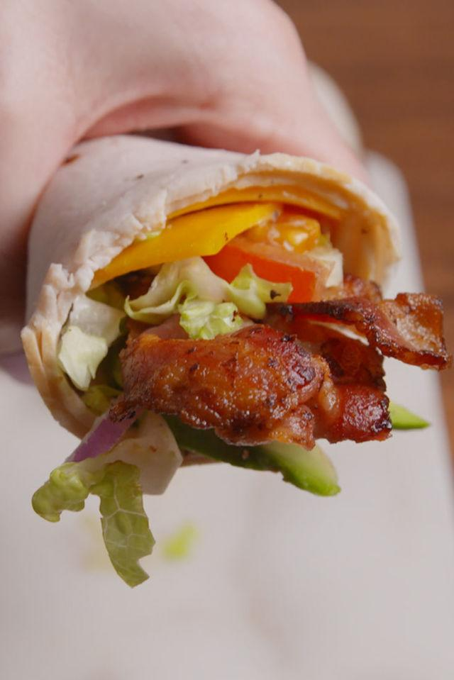 """<p>This low-carb lunch ditches the wrap for something way more clever.</p><p>Get the recipe from<a rel=""""nofollow"""" href=""""http://www.delish.com/cooking/recipe-ideas/recipes/a51770/turkey-club-roll-ups-recipe/"""">Delish</a>.</p>"""