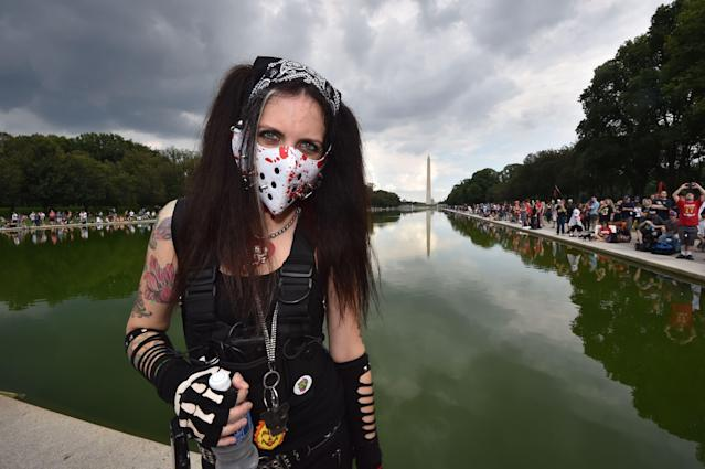 <p>Fans of the US rap group Insane Clown Posse, known as Juggalos, protest on September 16, 2017 in front of the Lincoln Memorial in Washington, D.C. against a 2011 FBI decision to classify their movement as a gang. (Photo: Paul J. Richards/AFP/Getty Images) </p>