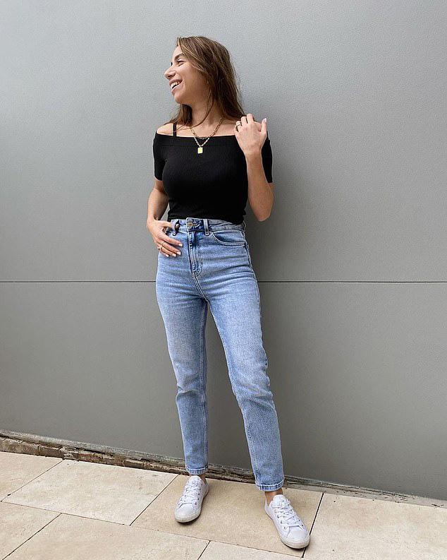 Jeans $20 Kmart Super High Rise Straight modelled size 6