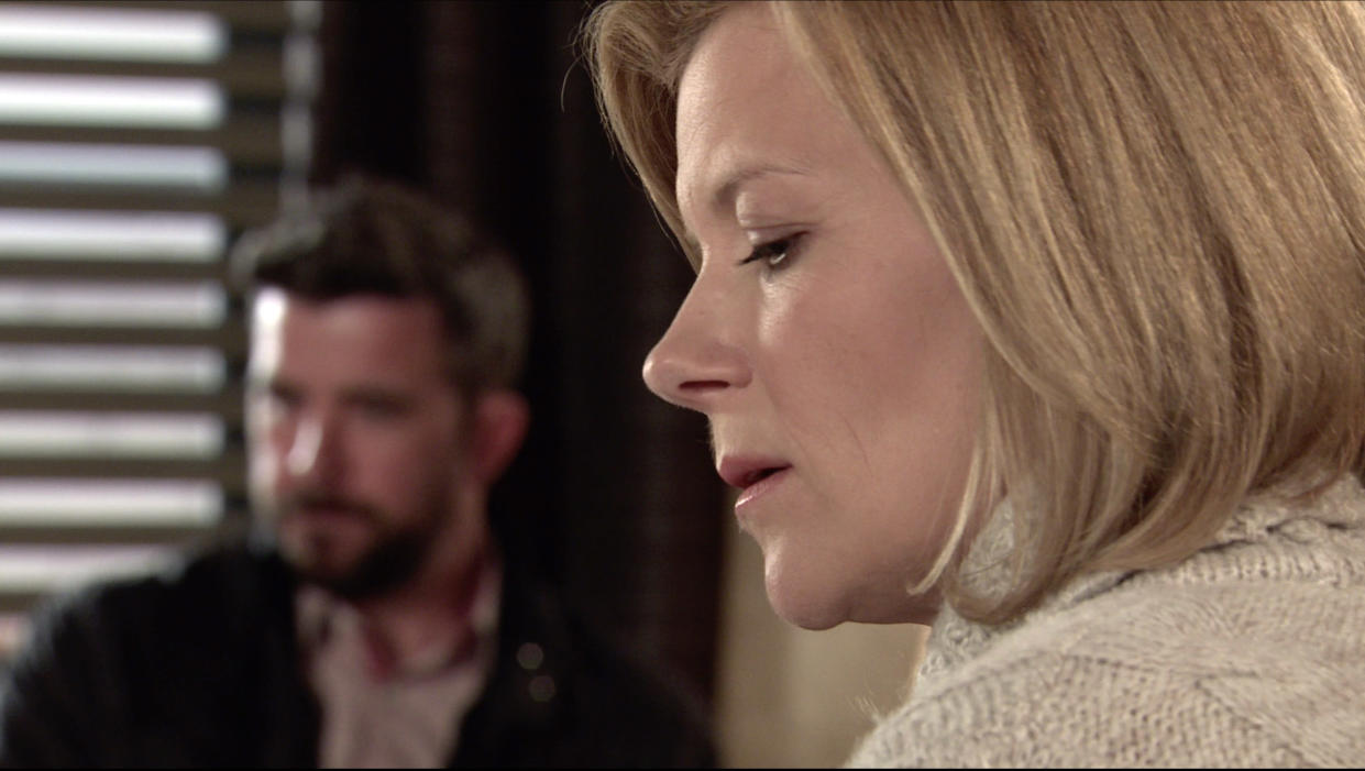 FROM ITV  STRICT EMBARGO  Print media - No Use Before Tuesday 8th June 2021 Online Media - No Use Before 0700hrs  Tuesday 8th June 2021  Coronation Street - Ep 1035253  Thursday 17th June 2021  DS Glynn [PHIL ROWAN] pays Leanne Battersby [JANE DANSON] a visit and underlines how important her evidence is in order to put Harvey away and prevent him from ruining more lives. Will Leanne agree?   Picture contact David.crook@itv.com   This photograph is (C) ITV Plc and can only be reproduced for editorial purposes directly in connection with the programme or event mentioned above, or ITV plc. Once made available by ITV plc Picture Desk, this photograph can be reproduced once only up until the transmission [TX] date and no reproduction fee will be charged. Any subsequent usage may incur a fee. This photograph must not be manipulated [excluding basic cropping] in a manner which alters the visual appearance of the person photographed deemed detrimental or inappropriate by ITV plc Picture Desk. This photograph must not be syndicated to any other company, publication or website, or permanently archived, without the express written permission of ITV Picture Desk. Full Terms and conditions are available on  www.itv.com/presscentre/itvpictures/terms