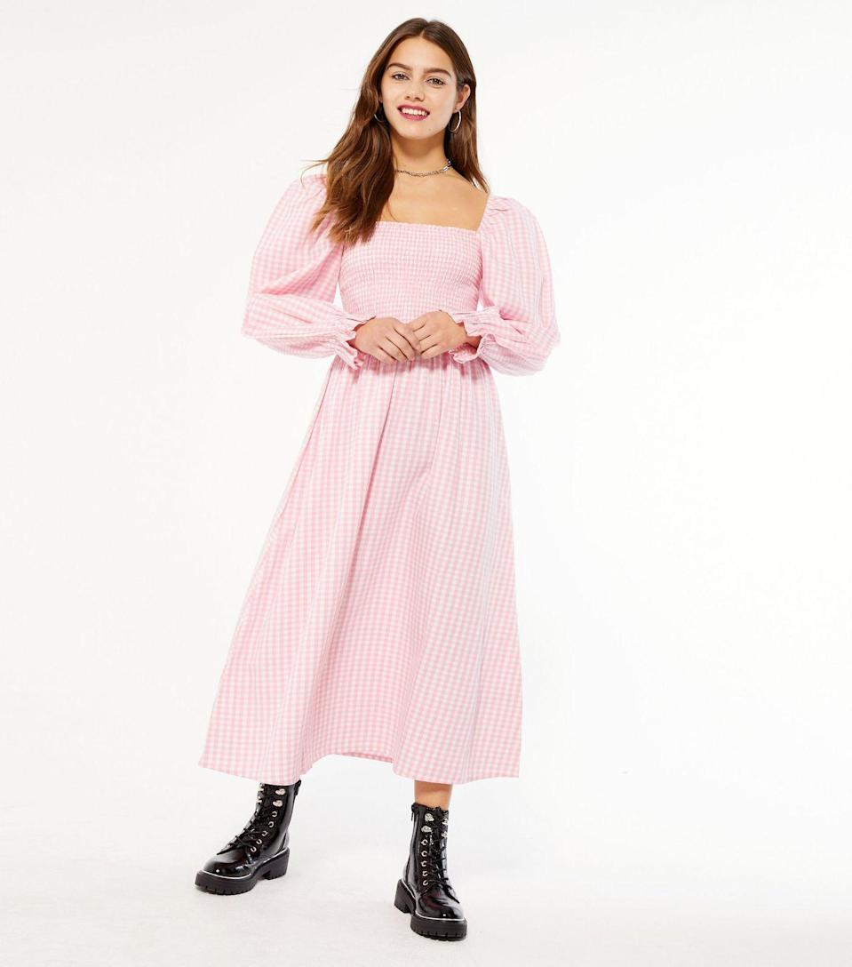 "<br><br><strong>New Look</strong> Petite Pink Gingham Shirred Puff Sleeve Midi Dress, $, available at <a href=""https://www.newlook.com/uk/womens/clothing/dresses/petite-pink-gingham-shirred-puff-sleeve-midi-dress/p/676742379"" rel=""nofollow noopener"" target=""_blank"" data-ylk=""slk:New Look"" class=""link rapid-noclick-resp"">New Look</a>"