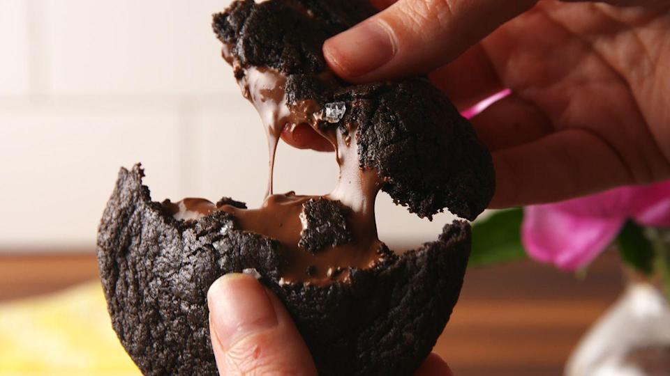 """<p>Why can't everything be stuffed with Nutella?</p><p>Get the recipe from <a href=""""https://www.delish.com/cooking/recipe-ideas/recipes/a53046/nutella-stuffed-cookies-recipe/"""" rel=""""nofollow noopener"""" target=""""_blank"""" data-ylk=""""slk:Delish"""" class=""""link rapid-noclick-resp"""">Delish</a>.</p>"""