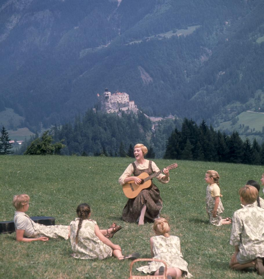 """<a href=""""http://movies.yahoo.com/movie/contributor/1800010417"""">Julie Andrews</a> in 20th Century Fox's <a href=""""http://movies.yahoo.com/movie/1800119695/info"""">The Sound of Music</a> - 1965"""