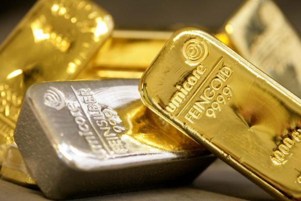 Among Precious Metals It S Silver That Actually Deserves The Gold Medal This Year Just Look At Ishares Trust Etf Nyse Slv Which Is Higher