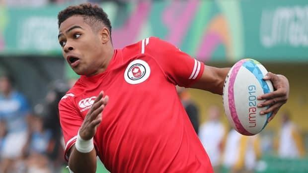 Josiah Morra lifted Canada to the semifinals of a men's rugby sevens event in Edmonton on Sunday, scoring a pair of tries and the second with 24 seconds left on the clock for a 14-12 win over Ireland. (Sergio Moraes/Reuters/File - image credit)