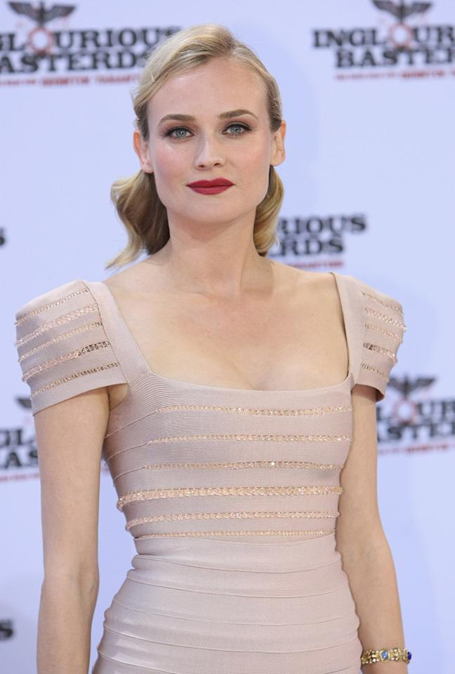 "<a href=""http://movies.yahoo.com/movie/contributor/1808488303"">Diane Kruger</a> at the Berlin premiere of <a href=""http://movies.yahoo.com/movie/1808404206/info"">Inglourious Basterds</a> - 07/28/2009"