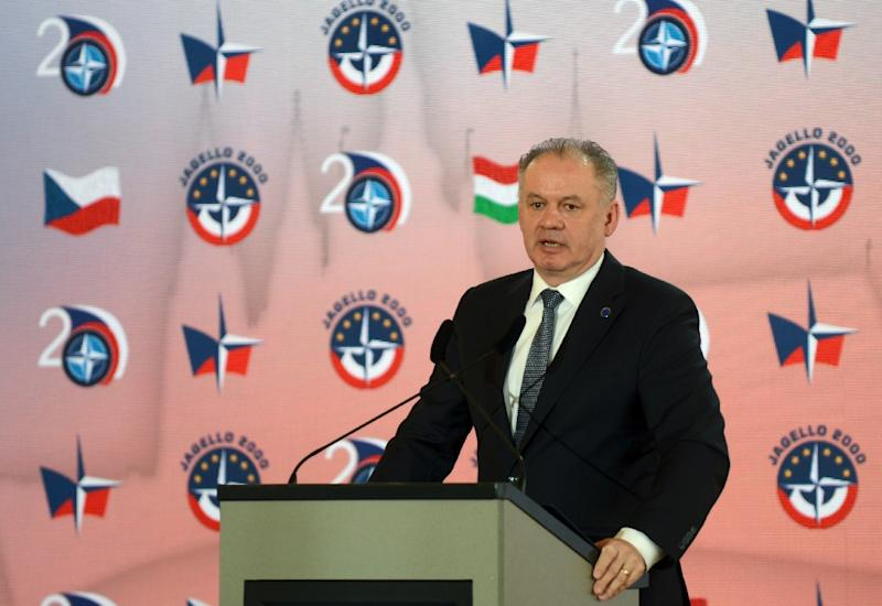 President Andrej Kiska said he wanted to 'unite decent and willing people' in a new party (AFP Photo/Michal Cizek)