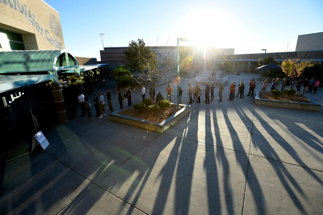 <p>People line up at a polling staton to cast their ballot during the 2016 presidential election in Las Vegas, Nev., on Nov. 8, 2016. (Photo: David Becker/Reuters) </p>