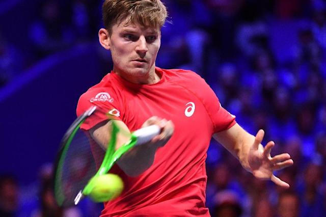 Belgium's David Goffin returns the ball to France's Jo-Wilfried Tsonga during their Davis Cup World Group final match in Villeneuve d'Ascq near Lille on November 26, 2017 (AFP Photo/PHILIPPE HUGUEN)