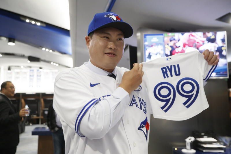 Now with Toronto, Ryu ready to be the ace