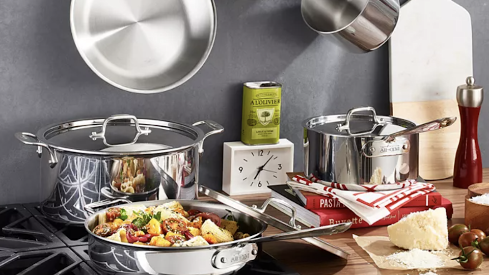 This 10-piece set is among our favorite cookware.