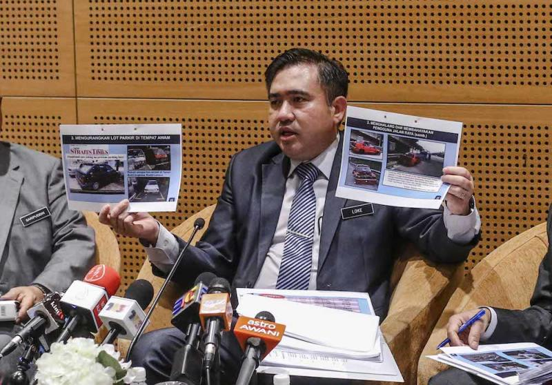 Transport Minister Anthony Loke speaks during a press conference in Putrajaya August 27, 2018. — Picture by Firdaus Latif