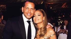 Jennifer Lopez sued for USD 150,000 for posting her own picture!