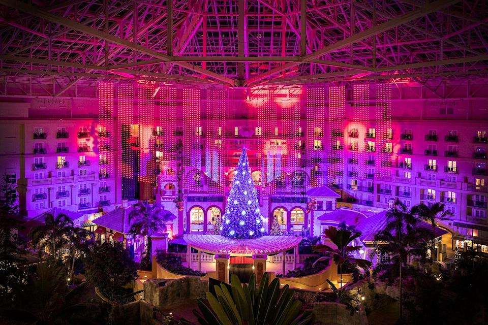Gaylord Palms Resort & Convention Center decorated for Christmas