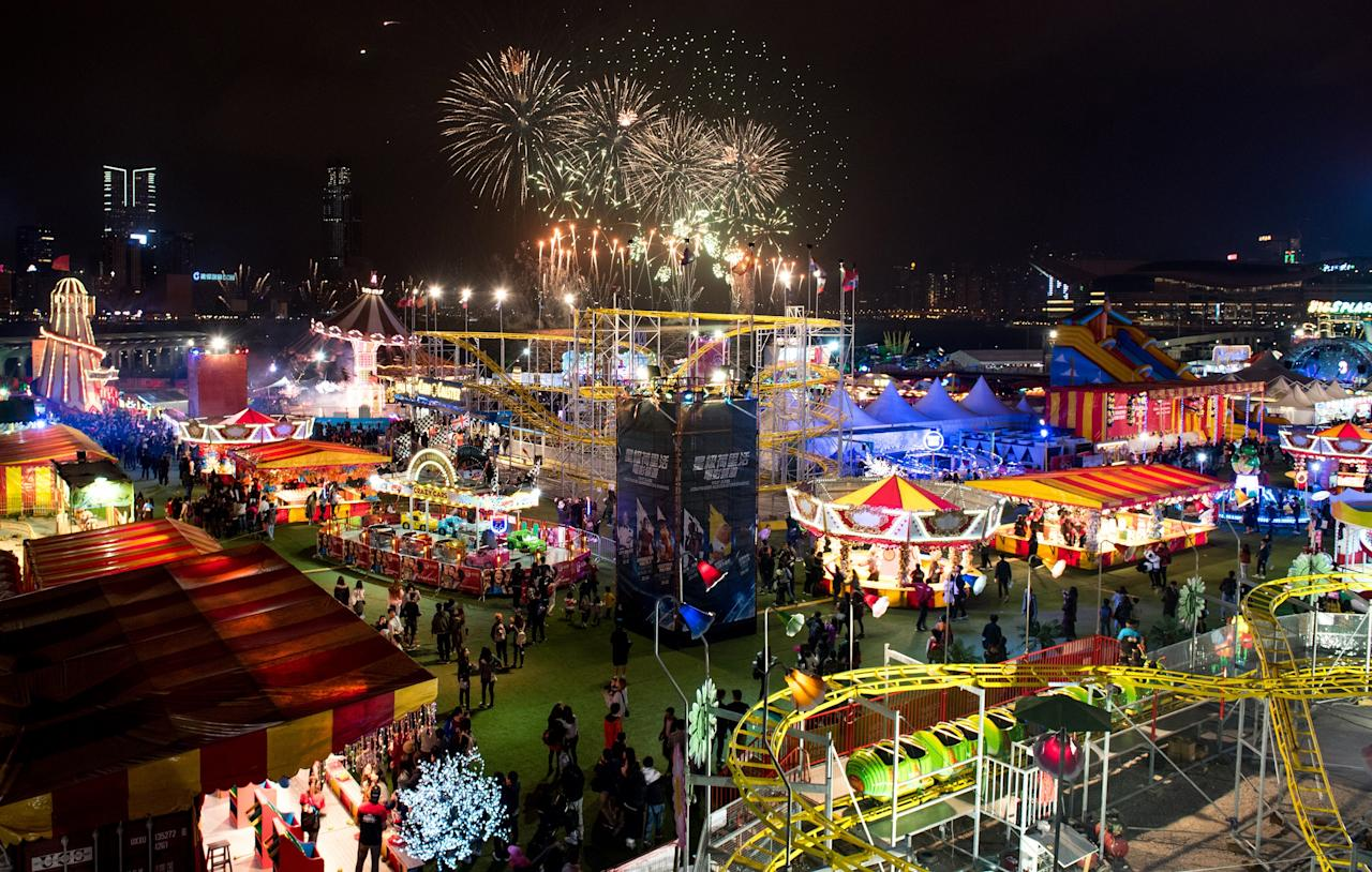 <p>The carnival is held from 8 December 2017 tlll 1 April 2018, and is open daily from 4pm to 11pm. Admission is free, and credits for rides and games can be purchased online or on-site. (Photo: Prudential Marina Bay Carnival) </p>