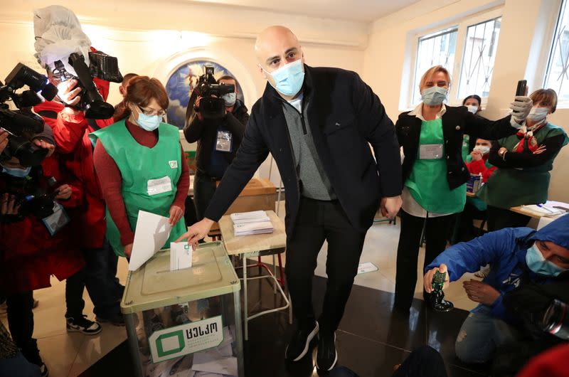 United National Movement leader Nika Melia casts his ballot during the municipal elections in Tbilisi