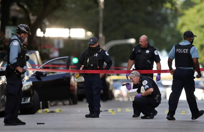 Man killed in Chicago shooting was local rapper, police say