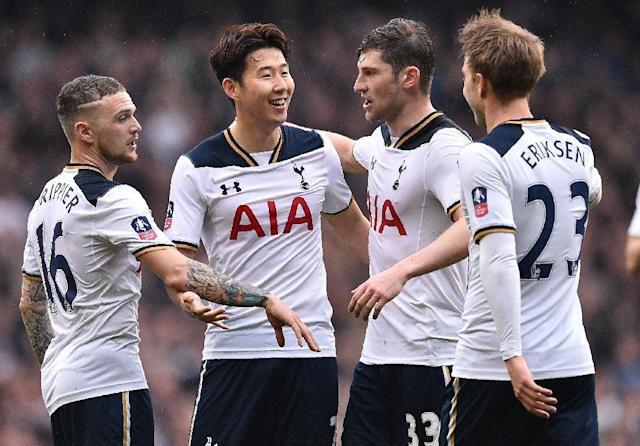 Tottenham Hotspur's striker Son Heung-Min (2L) celebrates scoring his team's second goal during the English FA Cup quarter-final football match against Millwall March 12, 2017 (AFP Photo/Glyn KIRK )