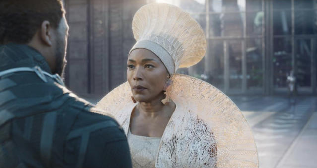 Chadwick Boseman and Angela Bassett as Ramonda (Photo: Marvel Studios)