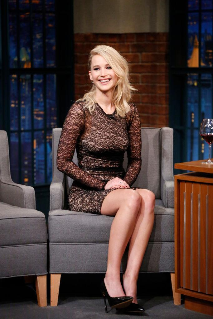 The star wore Alexander Wang during an appearance on Late Night with Seth Meyers. (Photo: Getty Images)