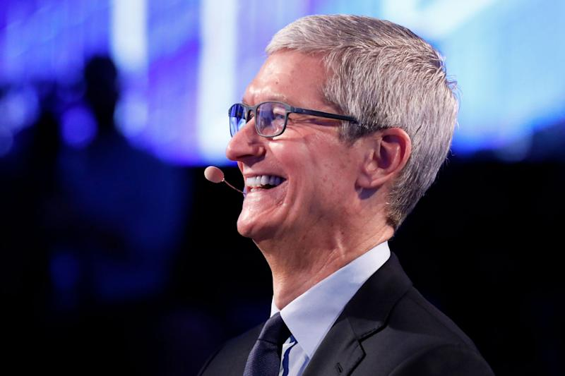 Apple will invest $350 billion in the US economy over the next 5 years