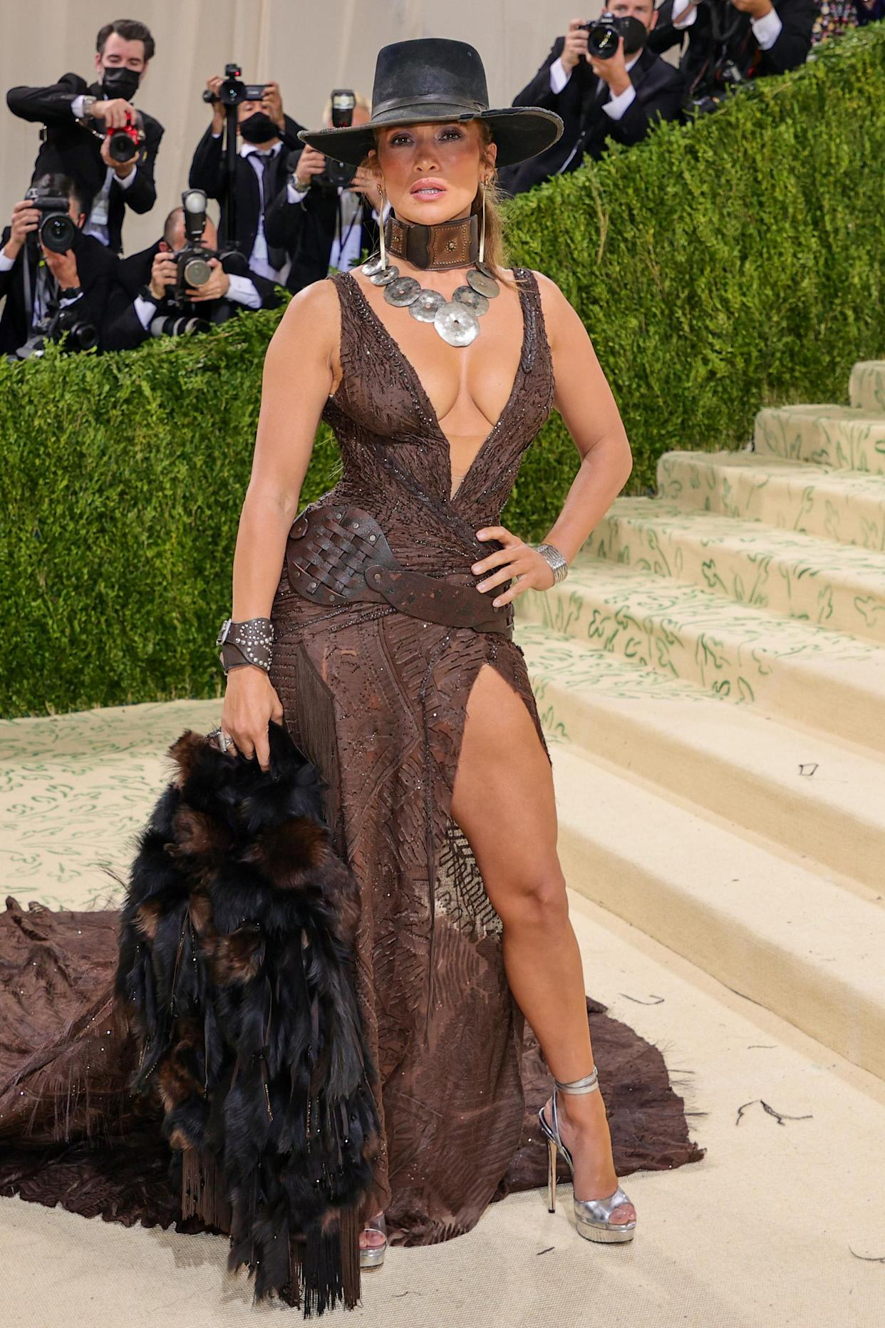 Jennifer Lopez attends The 2021 Met Gala Celebrating In America: A Lexicon Of Fashion at Metropolitan Museum of Art on September 13, 2021 in New York City. (Getty Images)