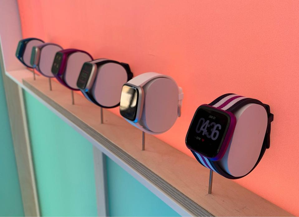 Fitbit Versa Lite Review A Smartwatch For The Budget Conscious