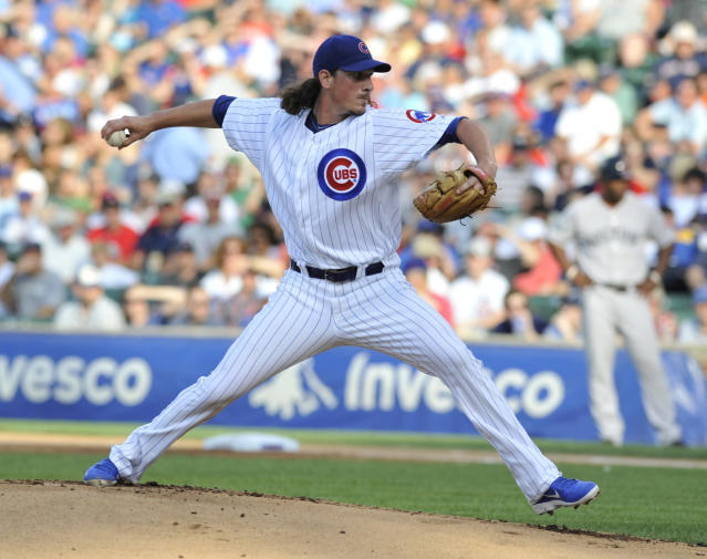 CHICAGO, IL - JUNE 16: Jeff Samardzija #29 of the Chicago Cubs pitches against the Boston Red Sox in the first inning on June 16, 2012 at Wrigley Field in Chicago, Illinois. (Photo by David Banks/Getty Images)