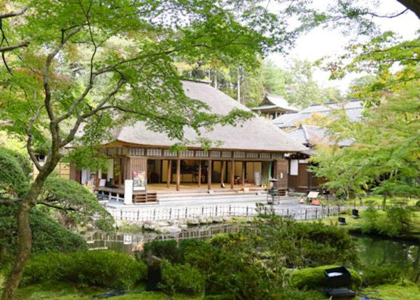 ▲ The Garden of Enshu is said to have been moved from the Date Clan estate in Edo to here.