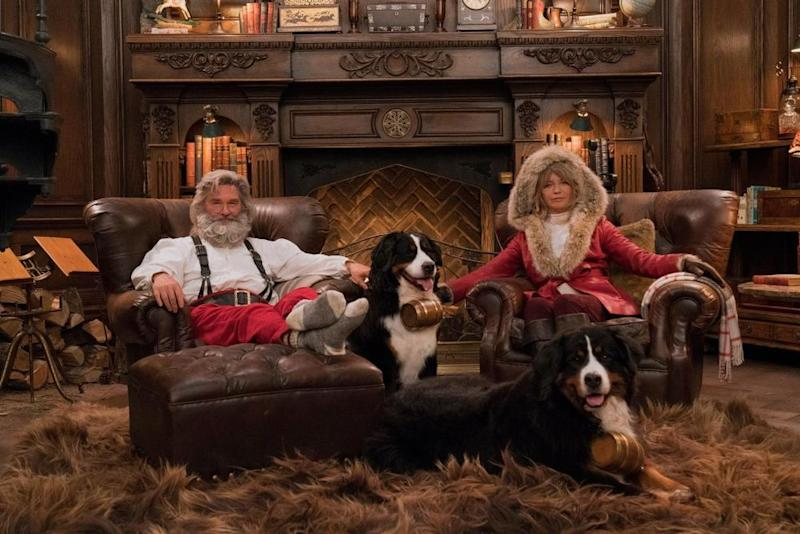 Kurt Russell (L) and Goldie Hawn in The Christmas Chronicles | Michael Gibson/Netflix