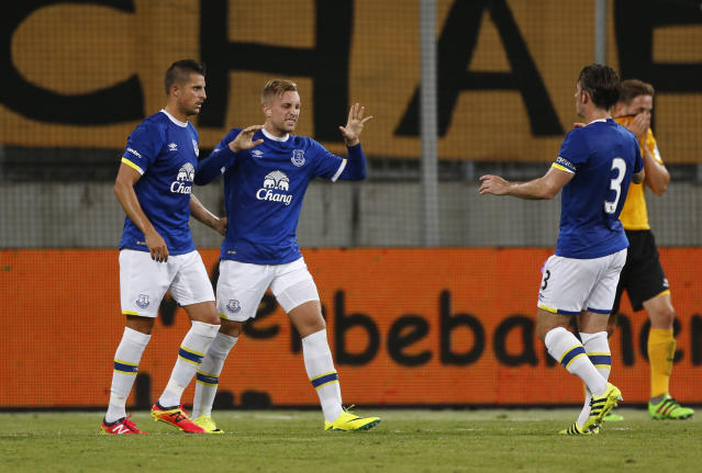 Football Soccer - Dynamo Dresden v Everton - Pre Season Friendly - Dresden Cup - DDV-Stadium, Dresden, Germany - 29/7/16 Everton's Gerard Deulofeu celebrates scoring their first goal with teammates Action Images via Reuters / Hannibal Hanschke Livepic
