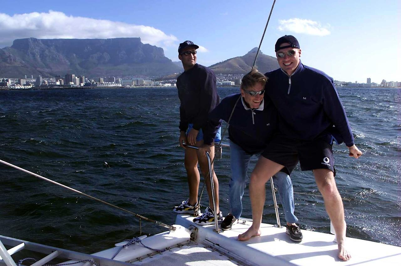 4  Nov 1999:  Mark Butcher, Alan Mullally and Andy Flintoff off England enjoying a boat trip off the coast of Cape Town , South Africa. Mandatory Credit: Laurence Griffiths/ALLSPORT