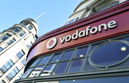 Vodafone takes on BT with United Kingdom  fibre network launch