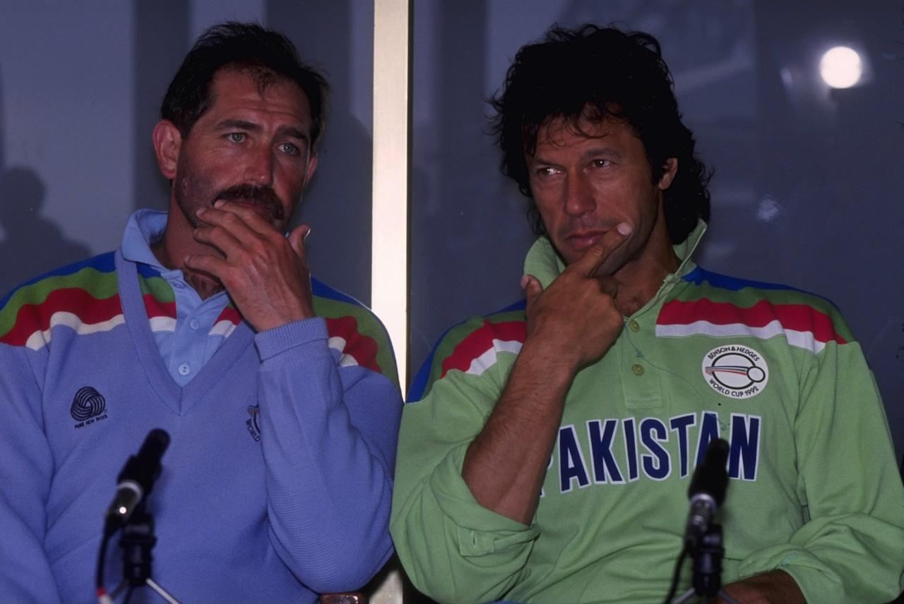1992:  Cricket World Cup in Australia.  England captain Graham Gooch and his Pakistan counterpart Imran Khan face the press before the two countries face each other in the World Cup Final in Melbourne.