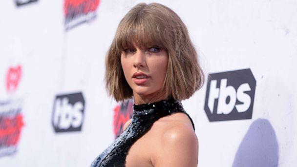 PHOTO: Taylor Swift arrives at the iHeartRadio Music Awards at The Forum in Inglewood, Calif., April 3, 2016. (Richard Shotwell/Invision/AP, FILE)