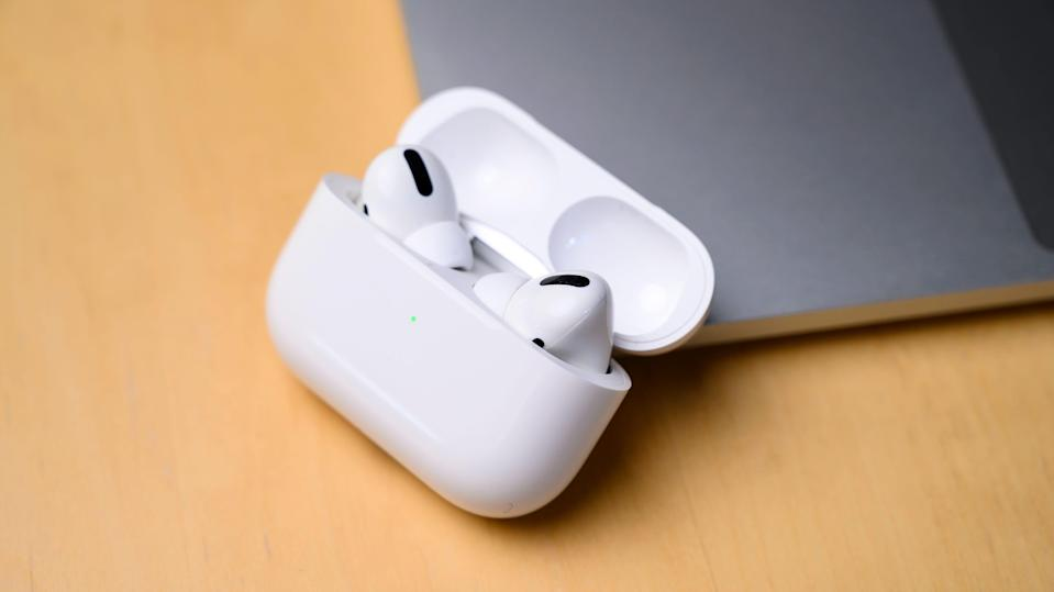 Cyber Monday 2020: Apple AirPods Pro.