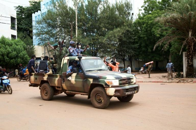 Mali coup leaves ex-colonial power France in a bind