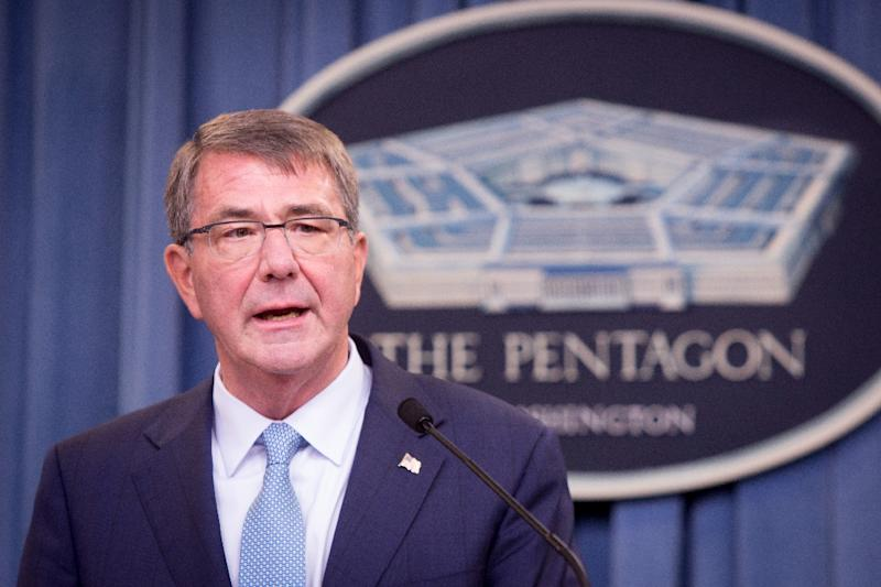 US Defense Secretary Ash Carter will travel to Turkey to make sure a plan between Ankara and Baghdad to keep sectarian militias out of Mosul during anti-ISIS operation stays on track (AFP Photo/Allison Shelley)