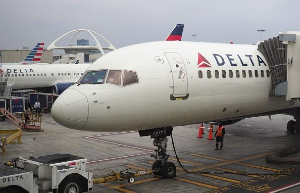 Delta Passengers Stranded On Tarmac in 'Logic-Defying' 12-Hour Weather Delay