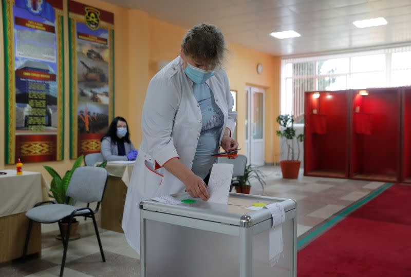 Belarus holds election as street protests rattle strongman president