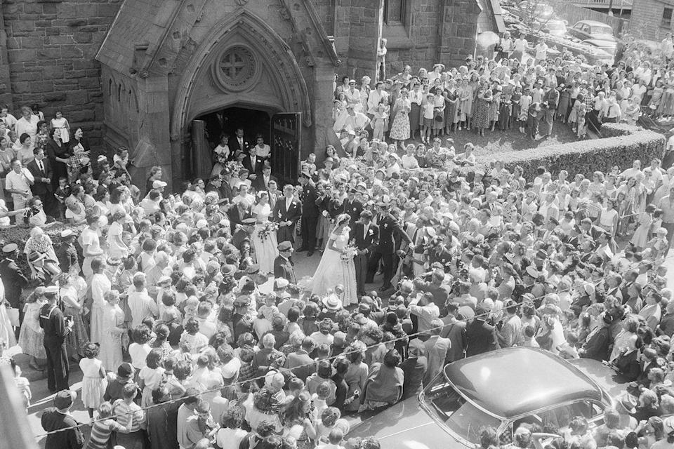 <p>It's estimated that around 2,000 fans stood outside the church to watch it all go down.</p>