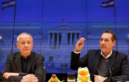 Greens lawmaker Peter Pilz and FPOe leader Heinz-Christian Strache address a news conference in Vienna, Austria March 3, 2017. REUTERS/Heinz-Peter Bader