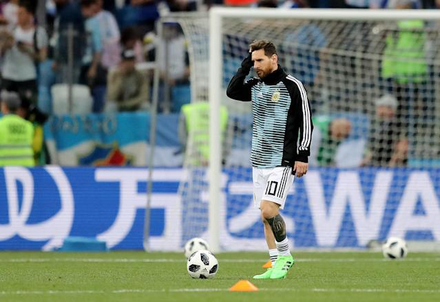 Soccer Football - World Cup - Group D - Argentina vs Croatia - Nizhny Novgorod Stadium, Nizhny Novgorod, Russia - June 21, 2018 Argentina's Lionel Messi during the warm up before the match REUTERS/Ivan Alvarado