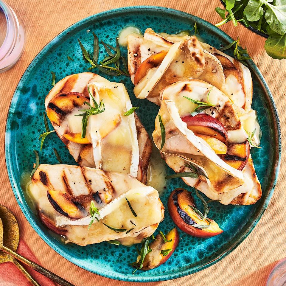 <p>This super-fast and healthy smothered chicken tastes best on the deck with a chilled glass of gewürztraminer. The fruity white pairs nicely with the peaches here.</p>