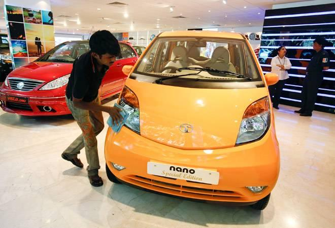 The Tata Nano is all set to come in a new avatar, the all-new Jayem Neo  EV. Not only that, the new Nano will also be incorporated in the cab  service company Ola, where 400 units of the new car will initially be  supplied.