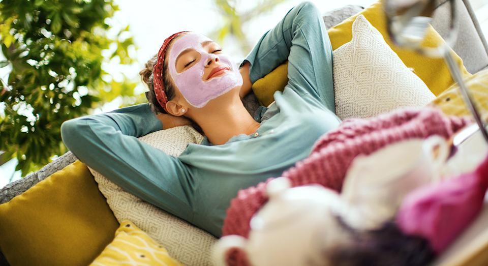 Enjoy a pamper with Boots' £10 deals on beauty and skincare bundles.  (Getty Images)