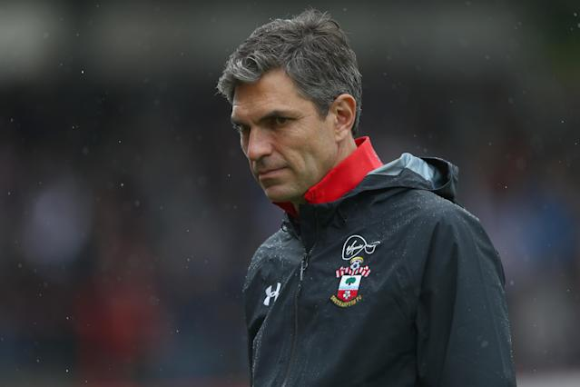 "Mauricio Pellegrino seems like a good fit at <a class=""link rapid-noclick-resp"" href=""/soccer/teams/southampton/"" data-ylk=""slk:Southampton"">Southampton</a>, but will Virgil van Dijk be part of his time there? (Getty)"