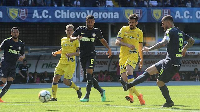 Mauro Icardi thought his goal in Inter's 2-1 win over Chievo had been ruled offside but the video assistant referee overturned the decision.