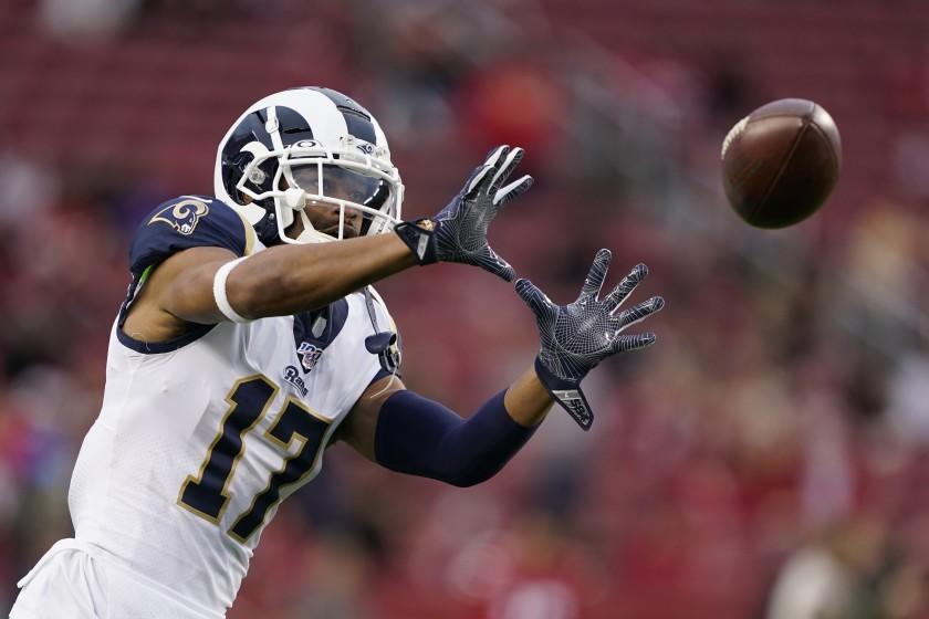 Rams wide receiver Robert Woods warms up before a game.